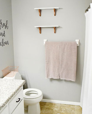Thrifted Wood Shelf Makeover for Your Bathroom